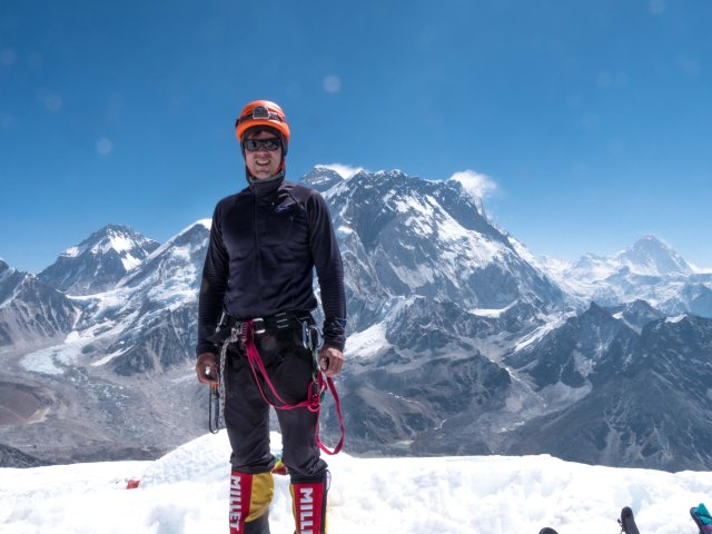 lobuche_summit